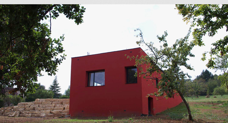 Maison rouge maison moderne for A la maison rouge